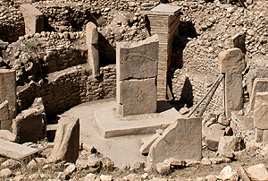 The prehistoric sanctuary 'Gobekli Tepe', in southeastern Turkey,  was erected 11,000 years ago by people of the early Neolithic period.  Teomancimit 2011 commons.wikimedia